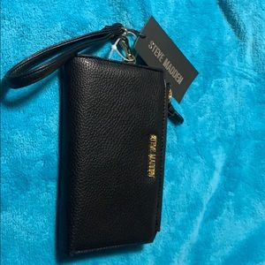 Steve Madden double compact wristlet NWT in black